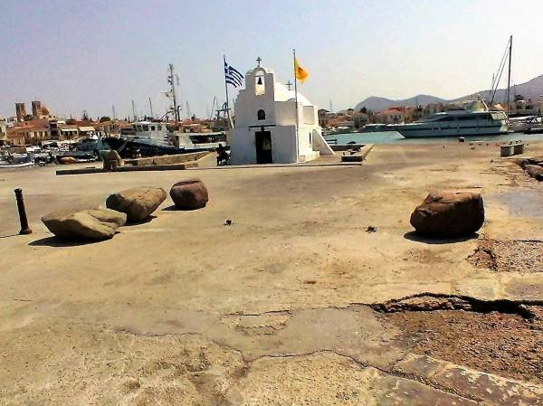 Argo Saronic islands turistic guide 47