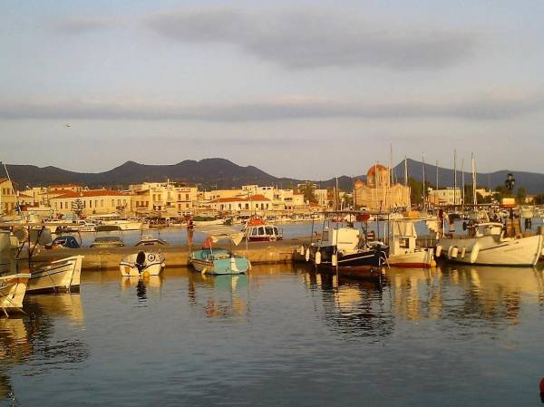 Argo Saronic islands turistic guide 53